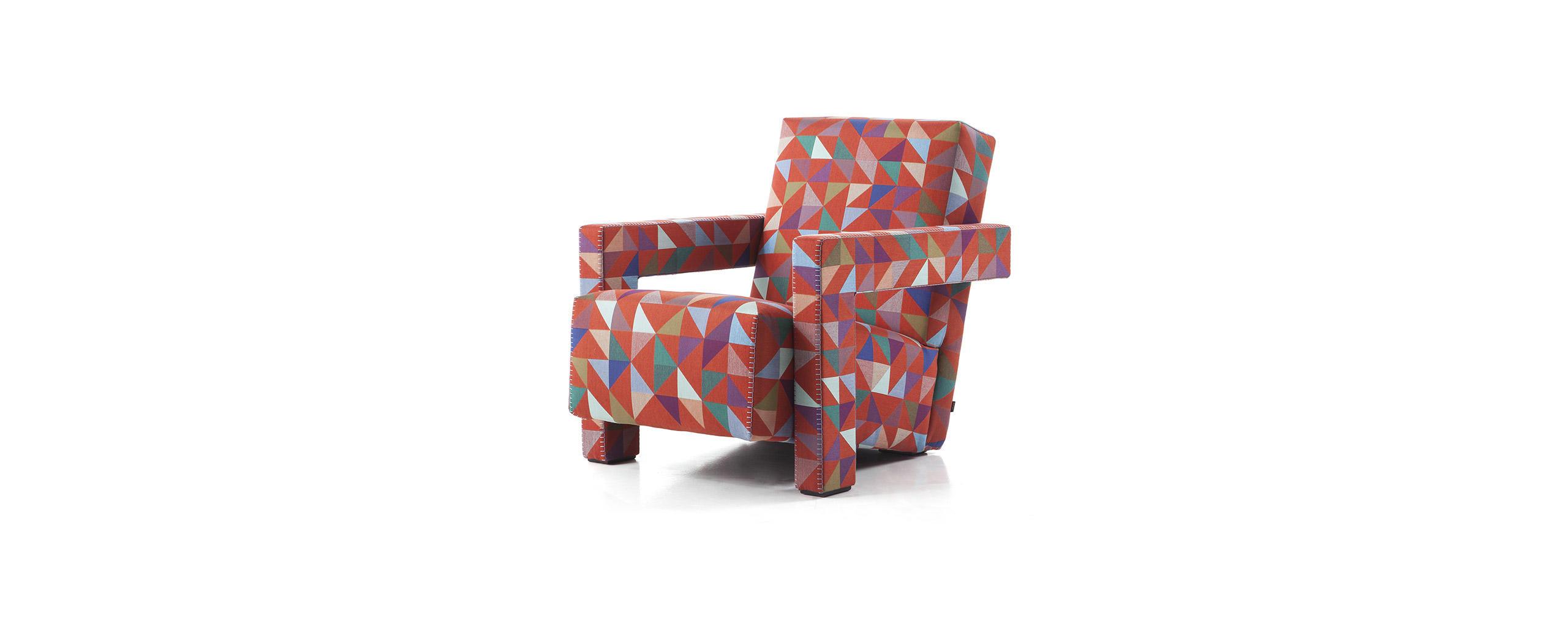 4_cassina_utrecht_collectors_edition_bertjan_pot_boxblocks_fabric_red